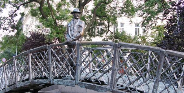 statue-of-imre-nagy__big