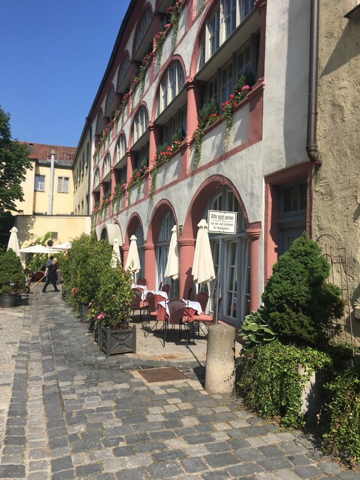 Biergarten, Regensburg