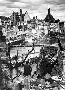 Nuremberg, bomb damage, 1945