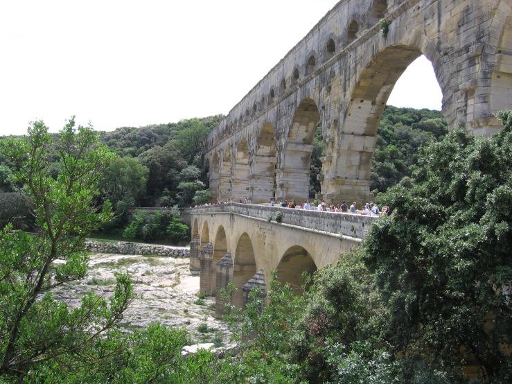 Pont de Garde