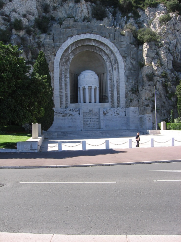 Monument along the corniche at Nice