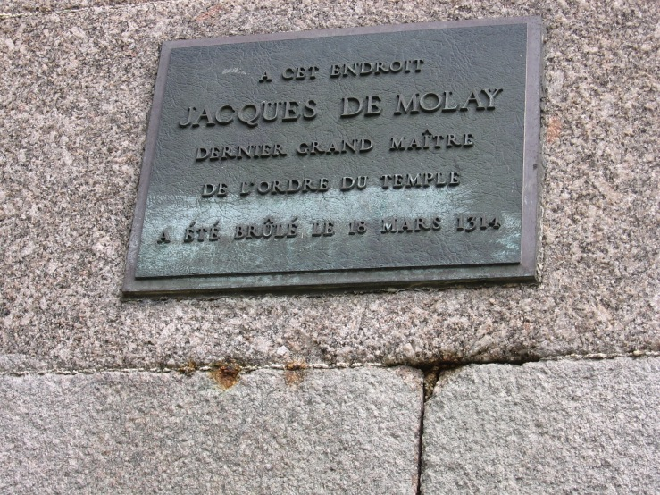 Isle of the Pont Neuf, a memorial of Jaques De Molay